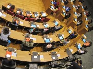 parlamento 315 [Resolucion de Escritorio]